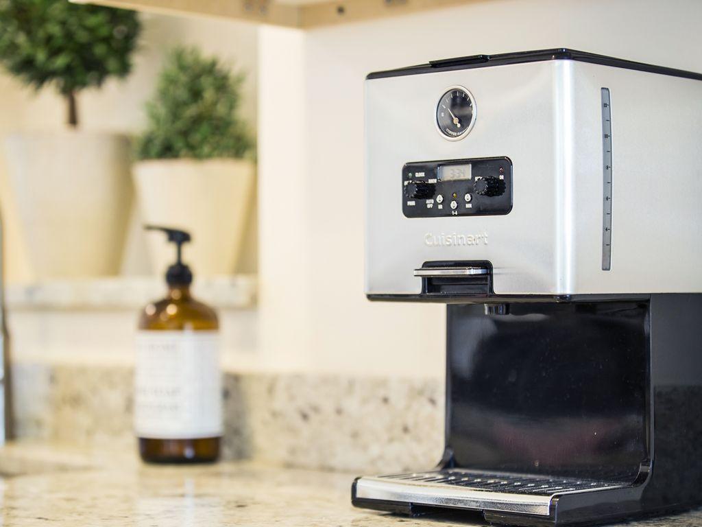 Starten Sie Ihren sonnigen Tag mit einer guten Tasse Kaffee...