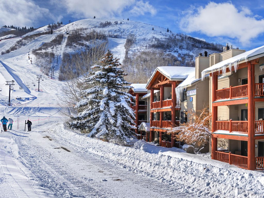 walk out to slopes on Park City Mountain!