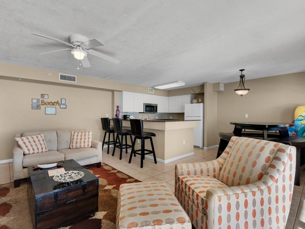 Spacious, open living, dining & kitchen area