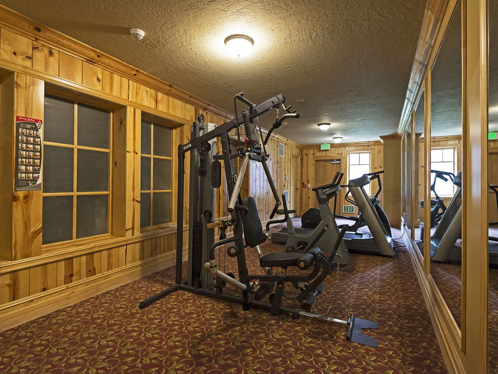 Exercise room in building