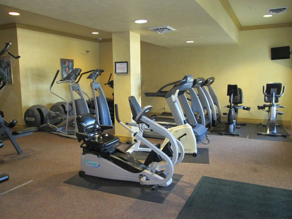 Use your access card to work out anytime. Open 24 hours a day.