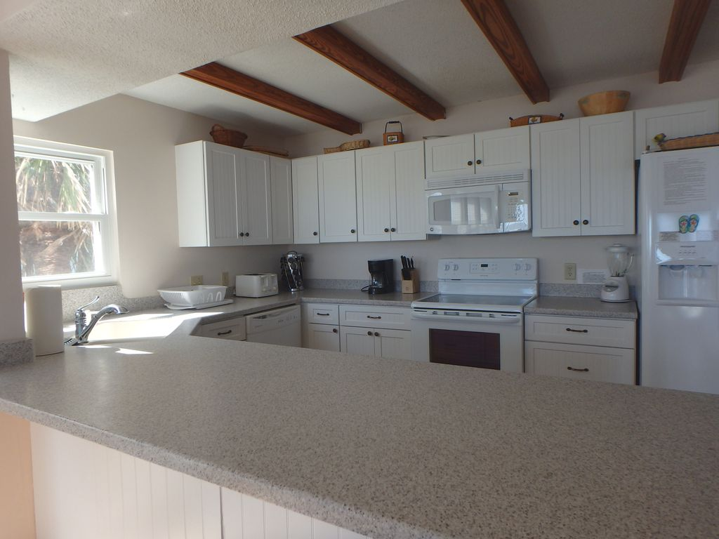 Large, fully equipped kitchen.  Plenty of cookware, dishes and glasses.