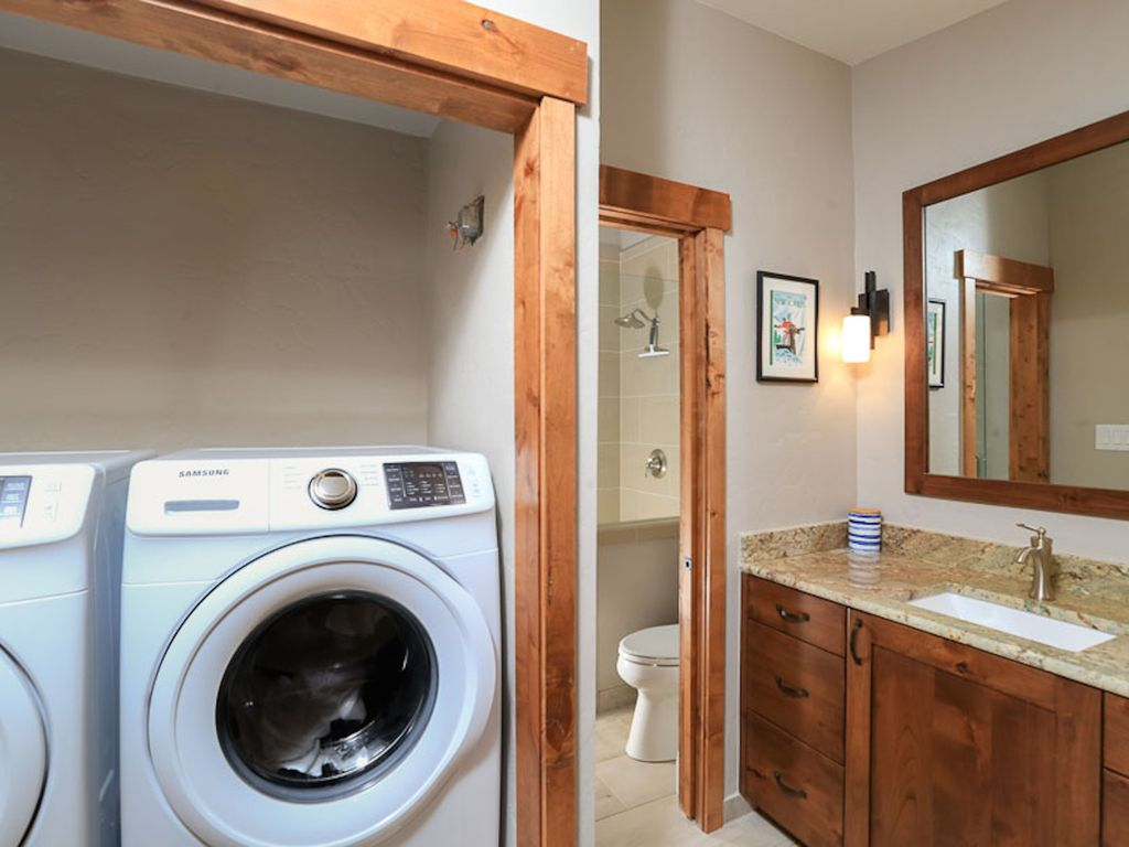 Full-sized washer & dryer available in master suite