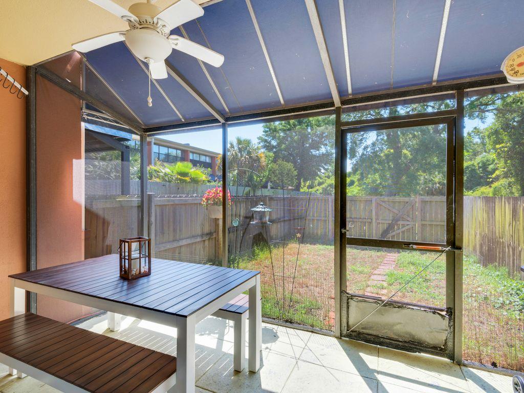 Screened porch & small yard