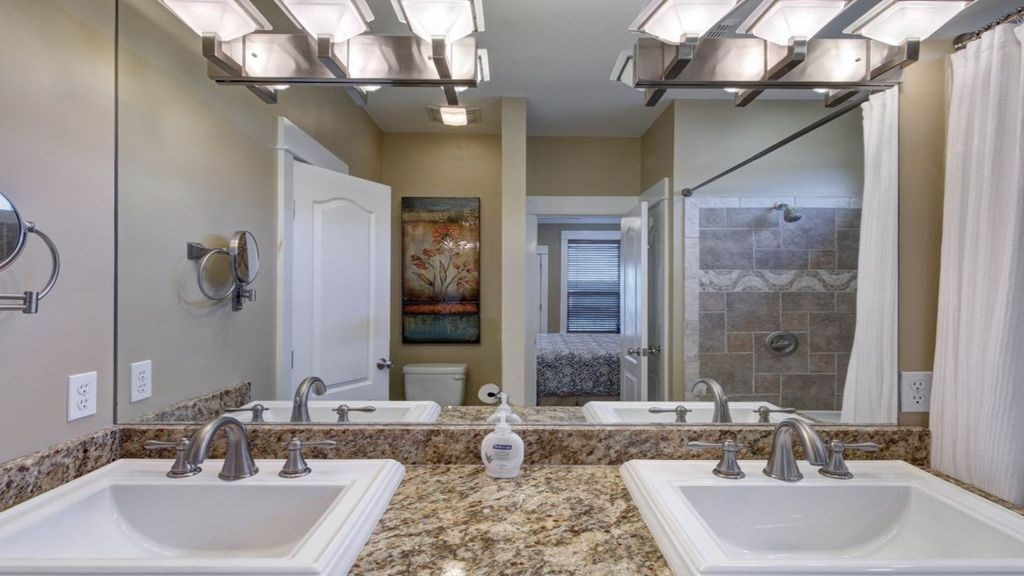 Master attached ensuite.