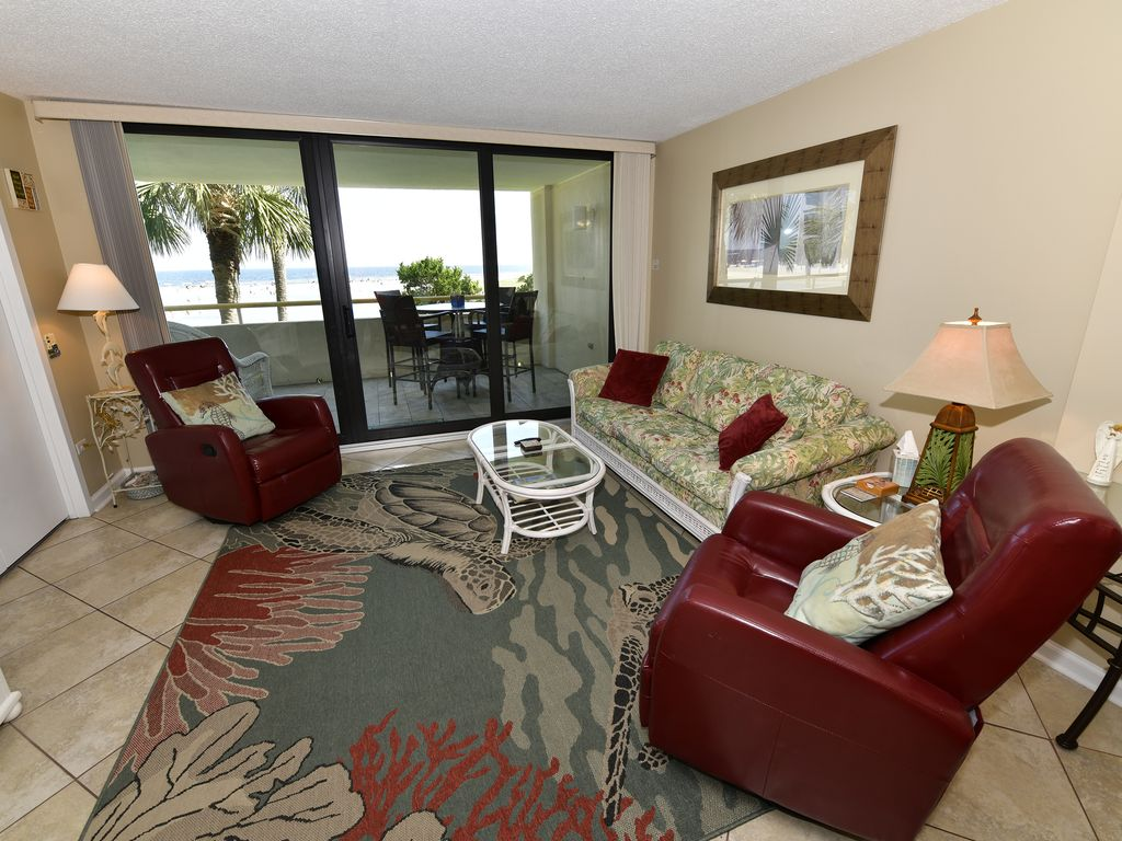 Ocean Front View From Anywhere In The Living Room with RECLINERRS