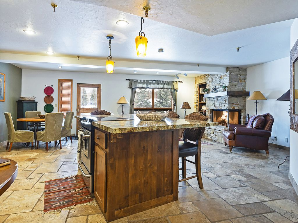 Kitchen bar - open to dining and living area
