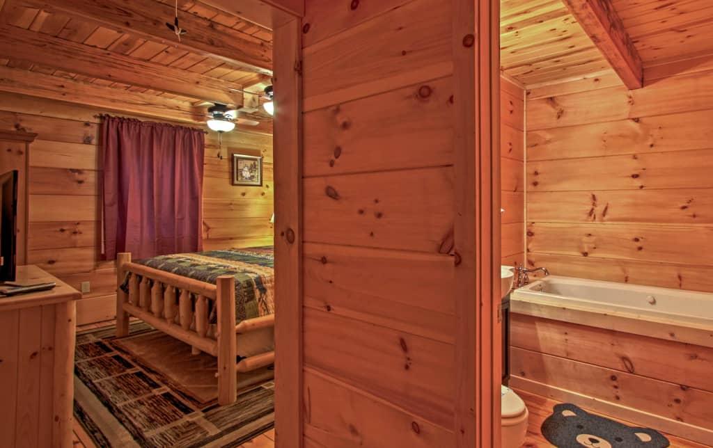 Upper level king master bedroom