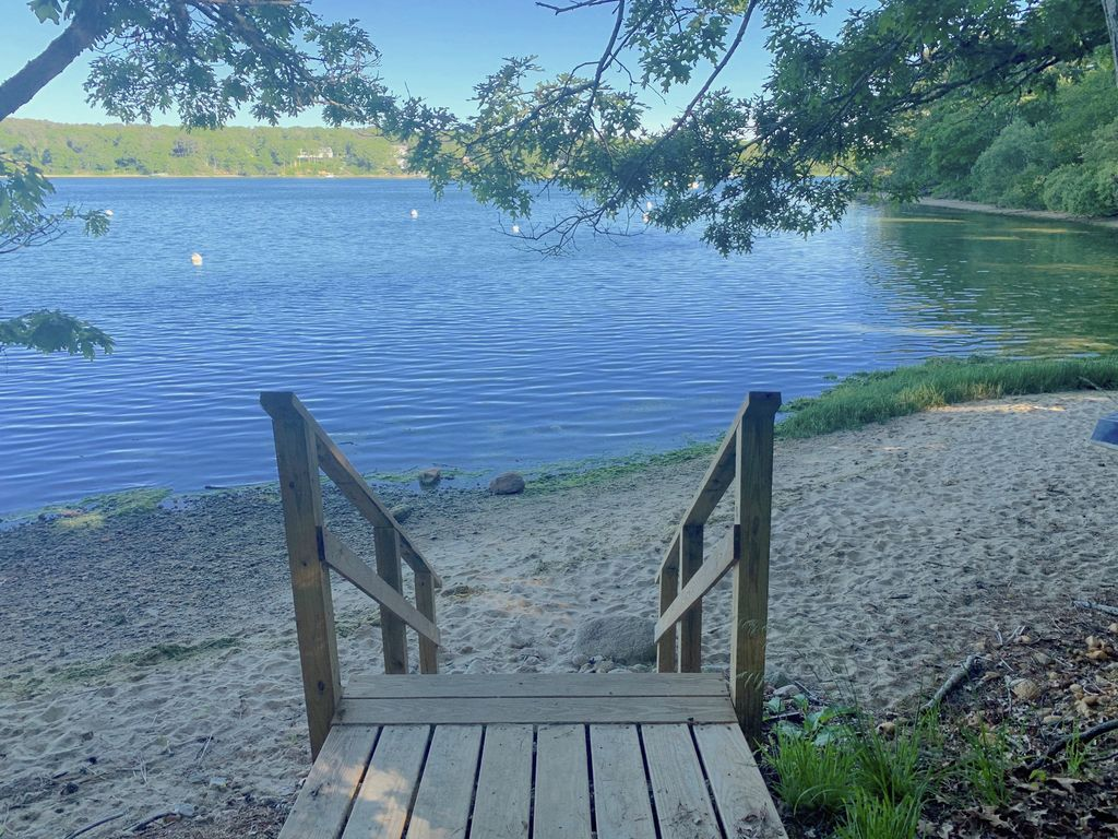 Lagoon walkway