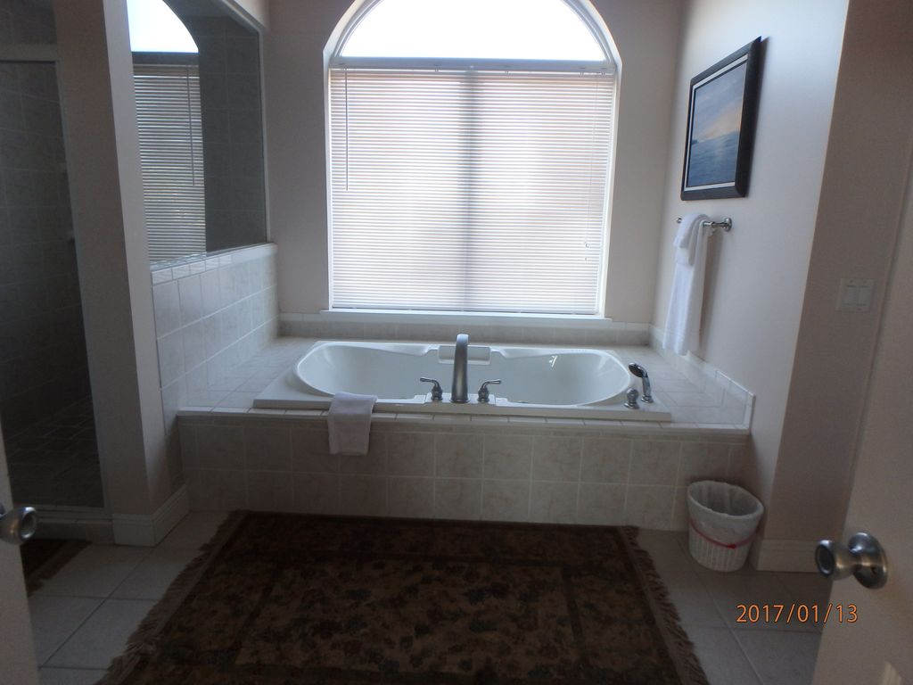 Over-sized jetted tub in master bath