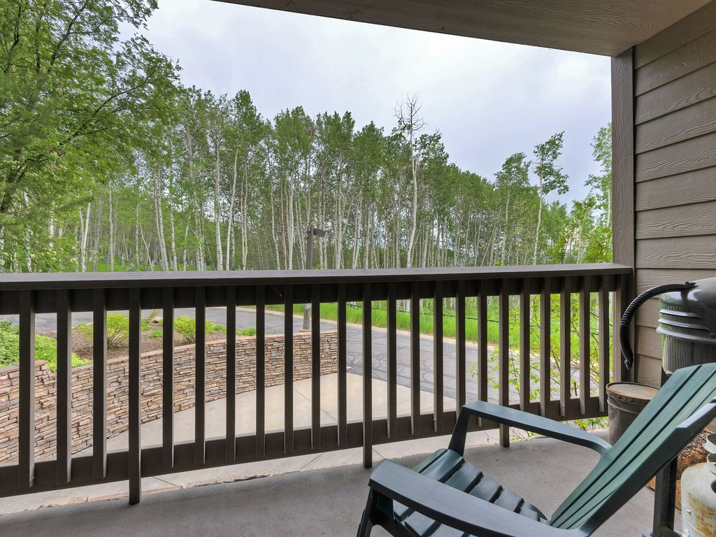 deck off of living area with propane BBQ