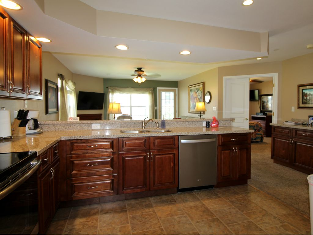 New kitchen. Brookside Retreat vacation rental in Meadow Brook Resort, Branson.