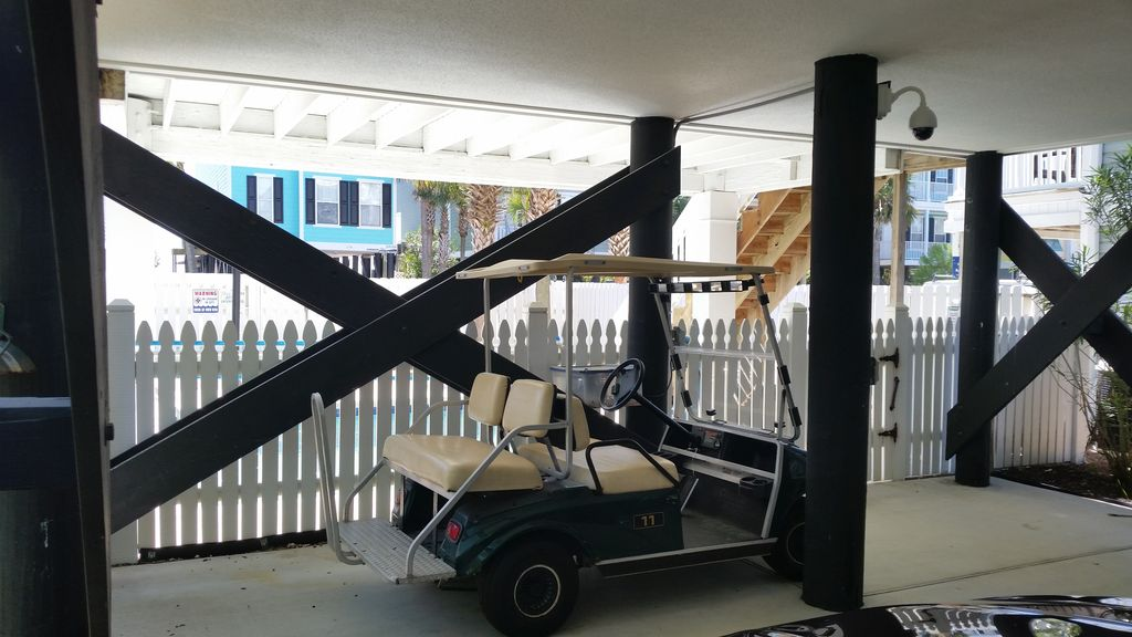 Complimentary golf cart for use by our licensed guests :)
