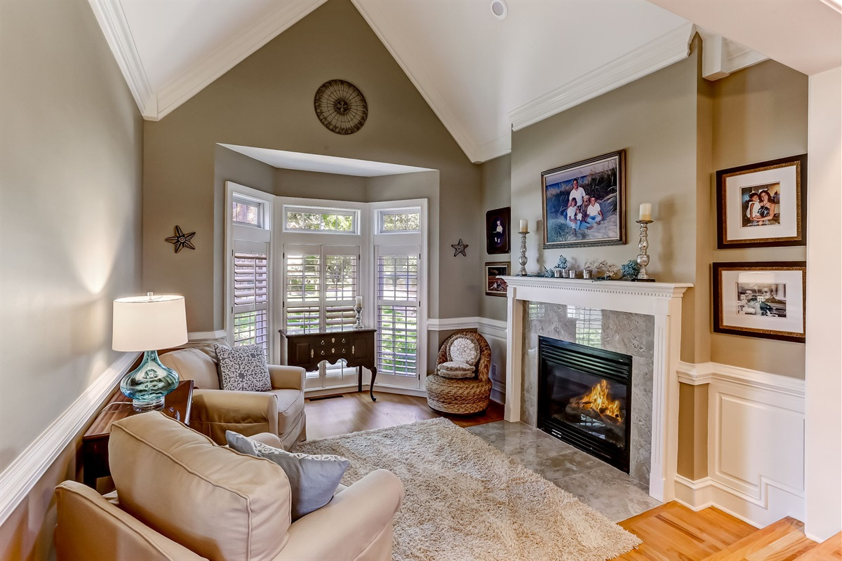 Front Living Room with Gas Fireplace