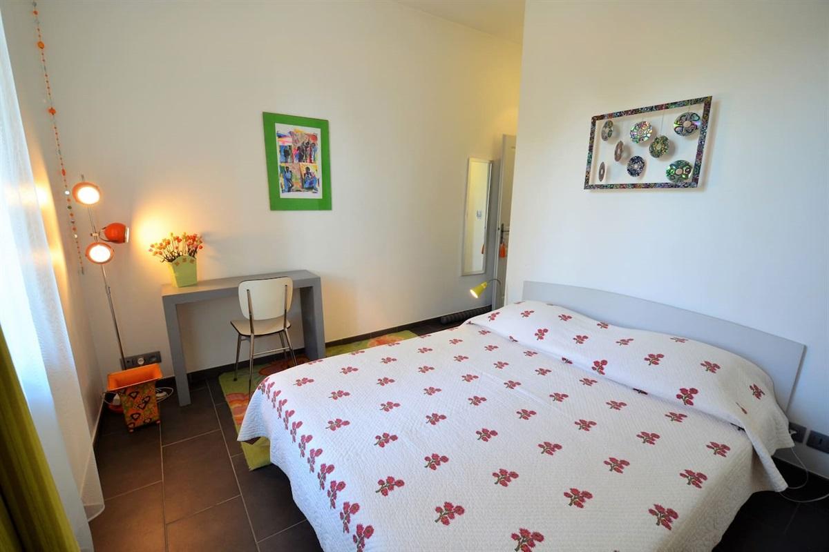 chambre 2 avec lit double de 160 cm