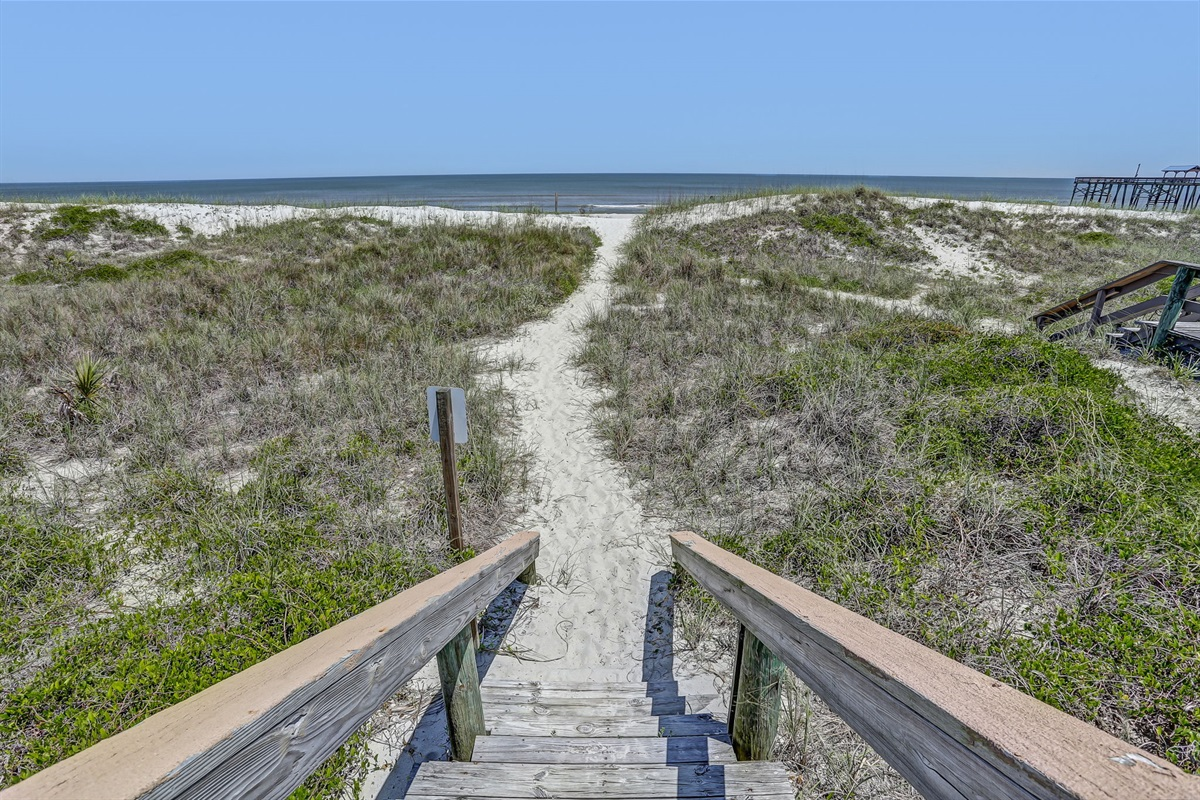 Private Boardwalk to Beach