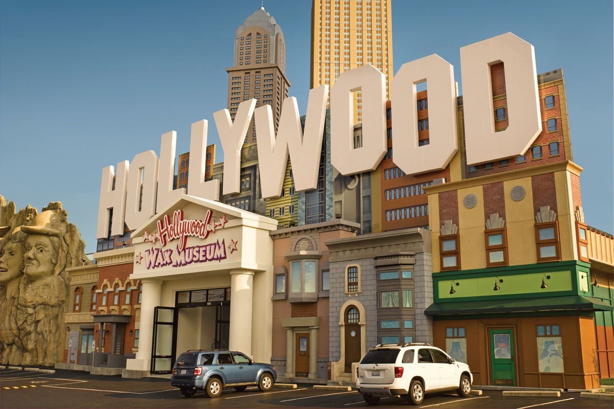 See famous stars at the Hollywood Wax Museum! (BCVB)