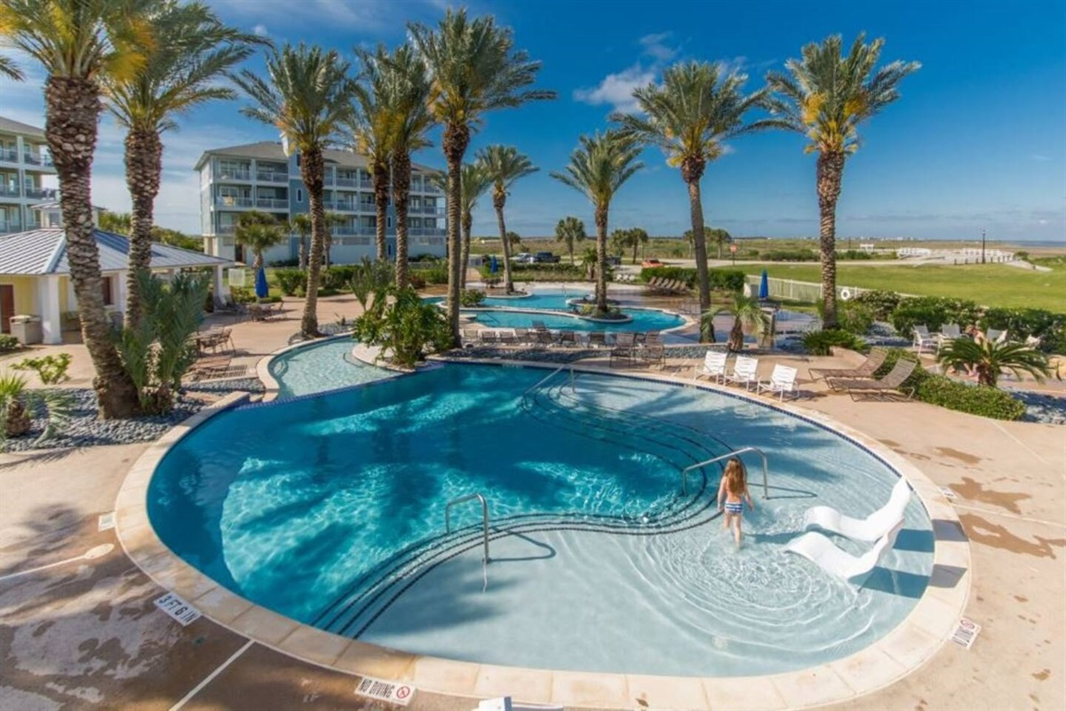 Pointe West Lazy River on Bayside