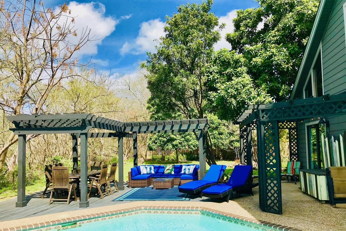 Backyard Oasis & Botanical Paradise