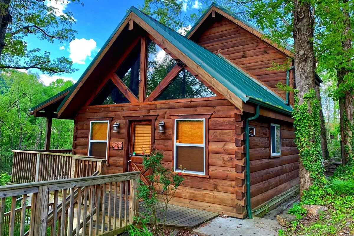 The Cabin at Oak Ridge