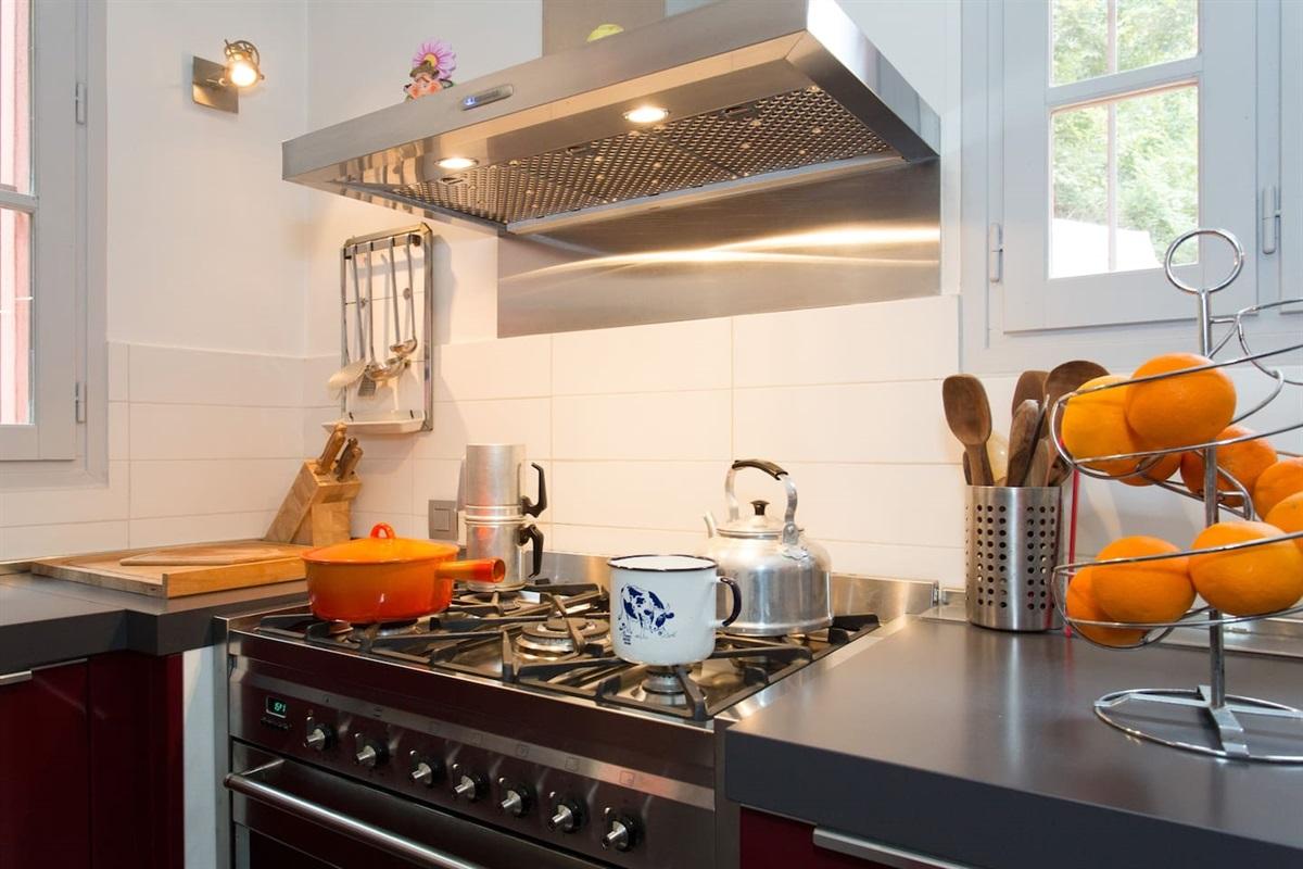 la cuisine de la Villa Chandra à Biot