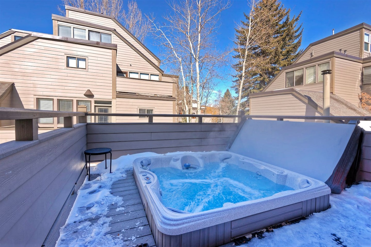 private hot-tub that sits 8