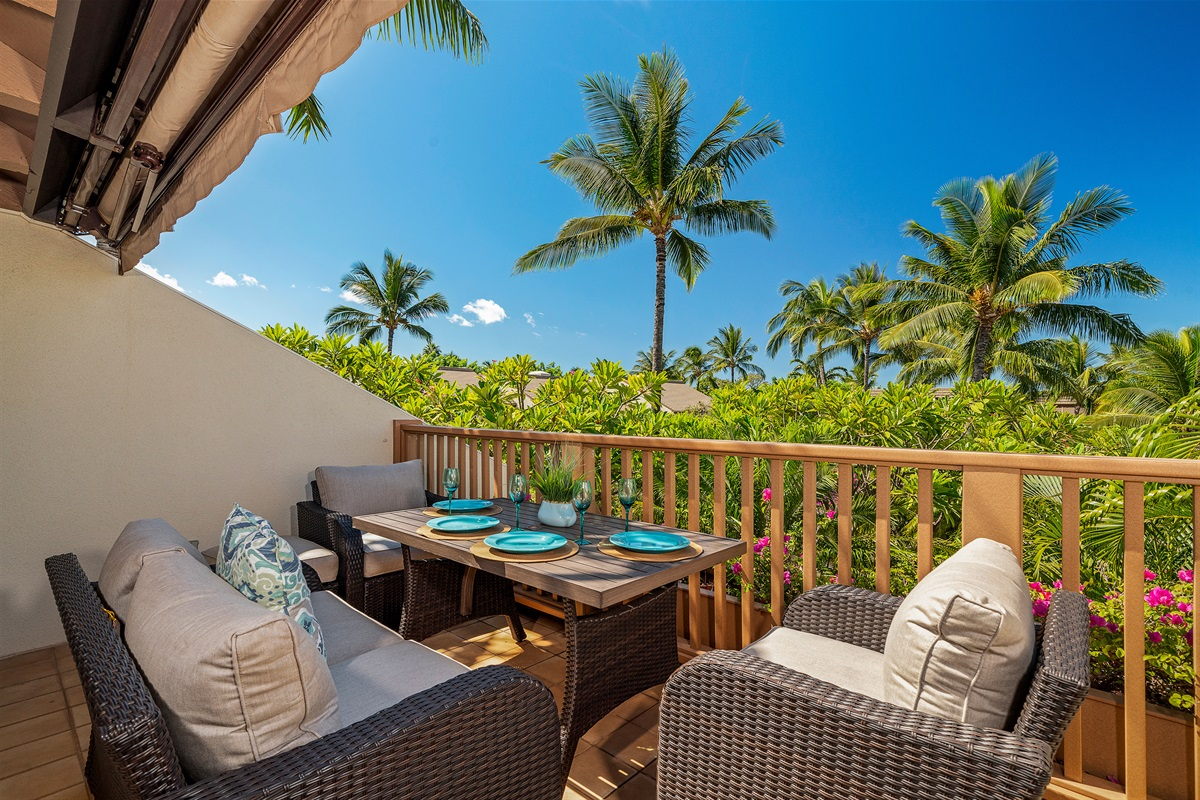 Spacious and private lanai, surrounded by swaying Palms