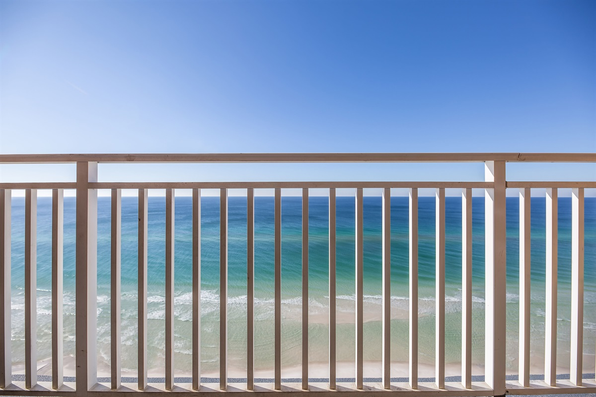 Amazing balcony views!