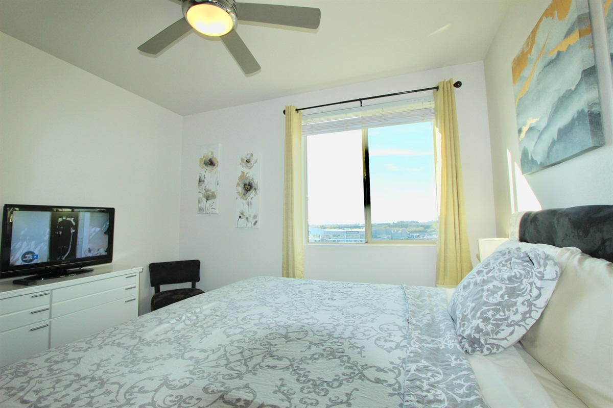 Master bedroom, no one above.