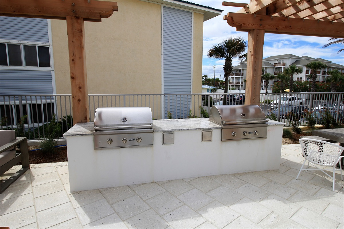 Beachside professional grilling area!