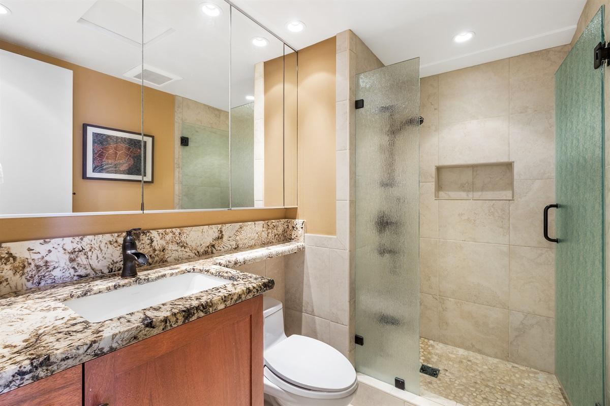 2nd Bedroom Bath