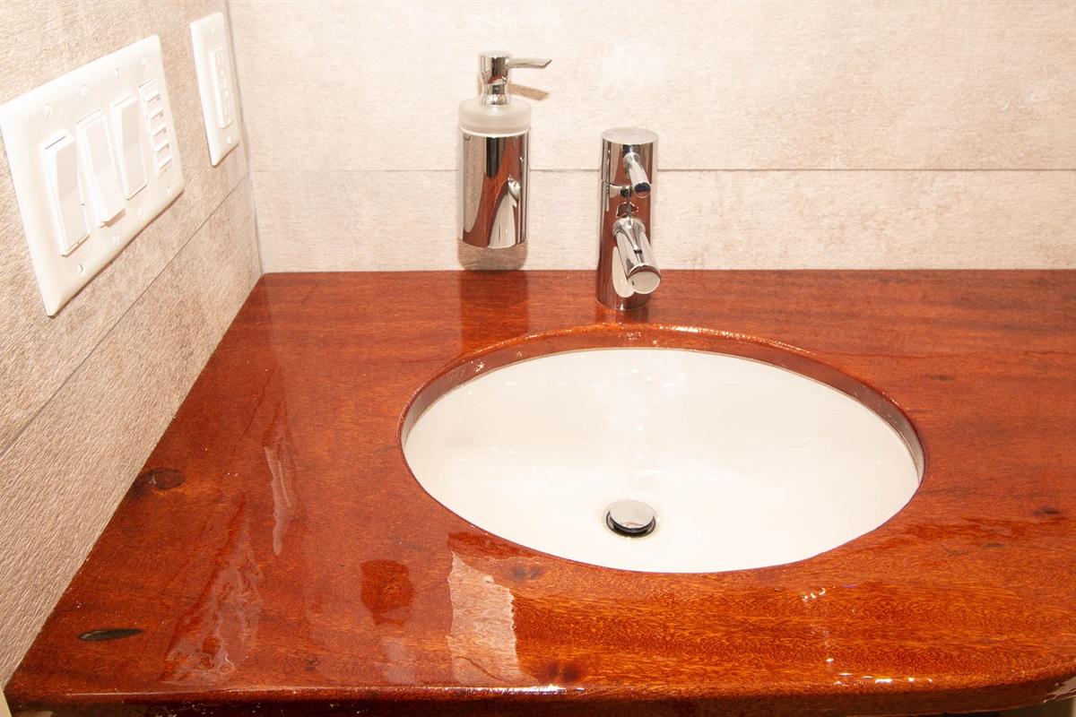 West Bathroom 2