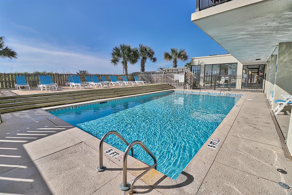 Ocean Side Outdoor Pool