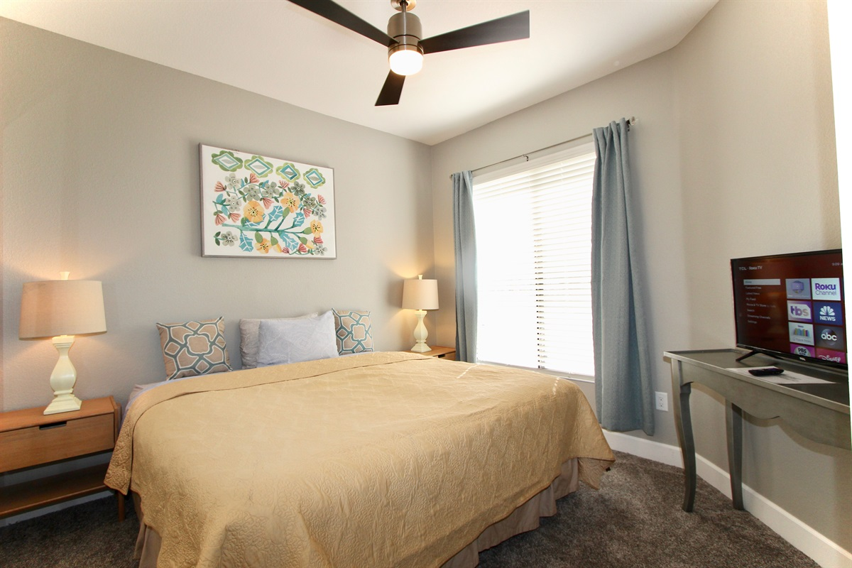 Guest bedroom-Can be two twins upon request.