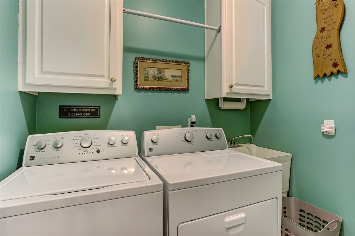 Full Size Washer and Gas Dryer