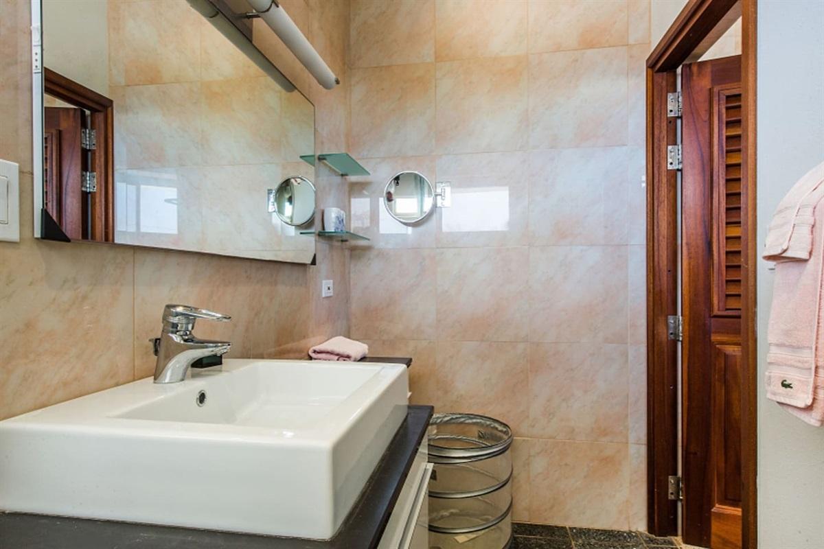 Guest Suite Baths