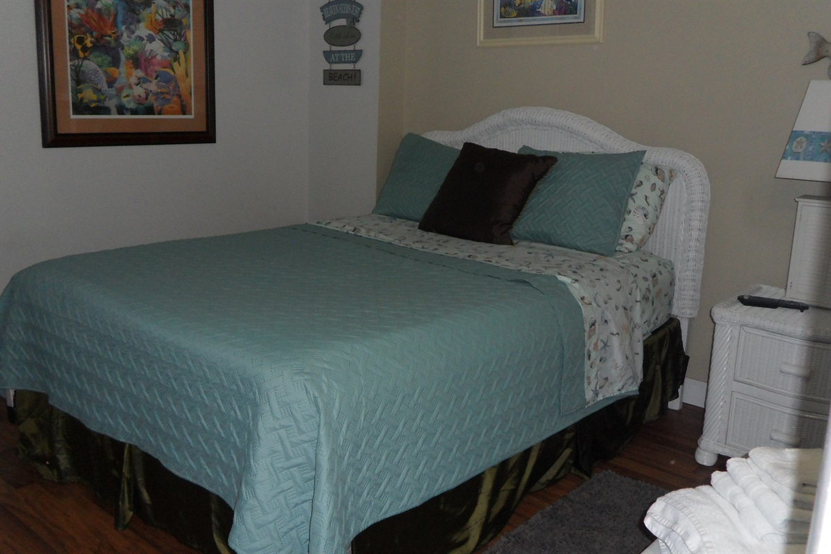 queen in bedroom 2