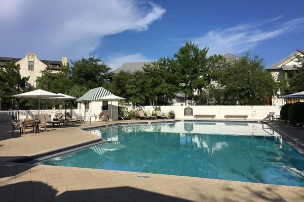Nearby Cabana Pool