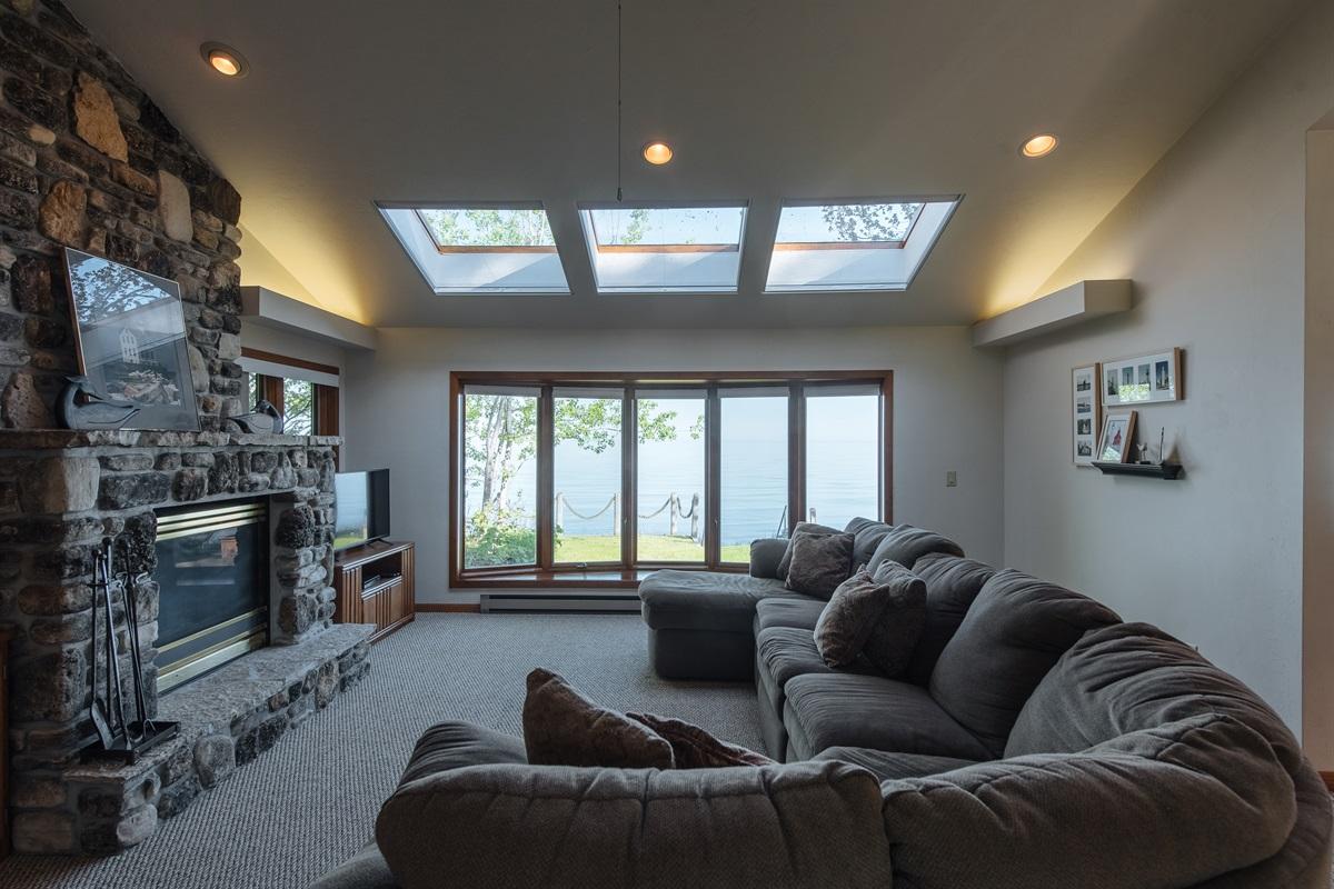 Lake View Family Room
