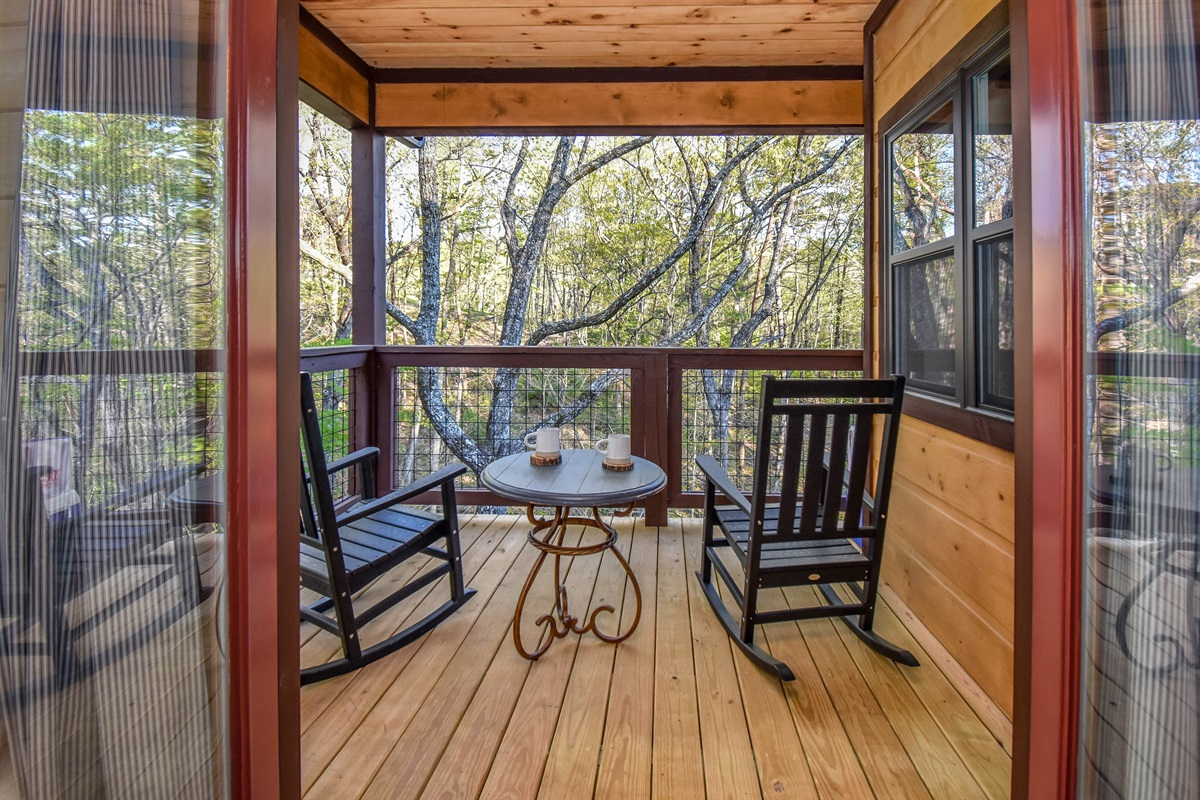 Skier's Retreat private balcony