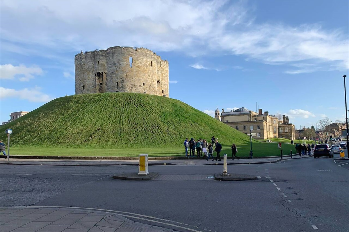 Clifford's Tower just around the corner.