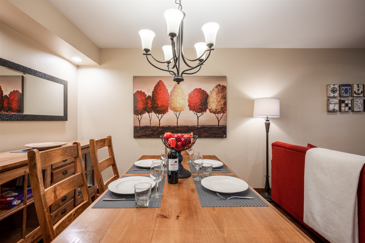 Dining Room - Spacious and comfortable for 6-7 guests.