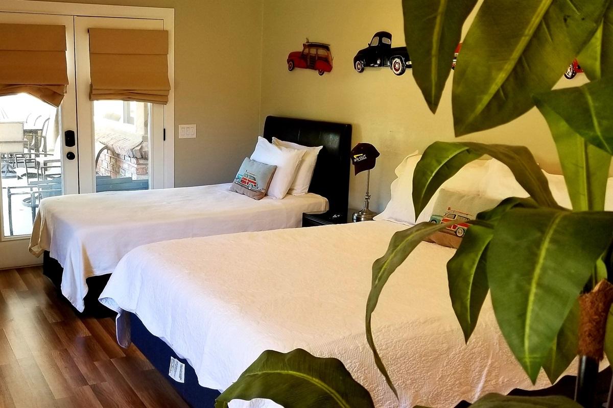 Bedroom 2 - Queen & TwinXL