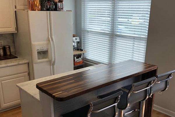 KITCHEN ISLAND BAR  New kitchen bar seats three
