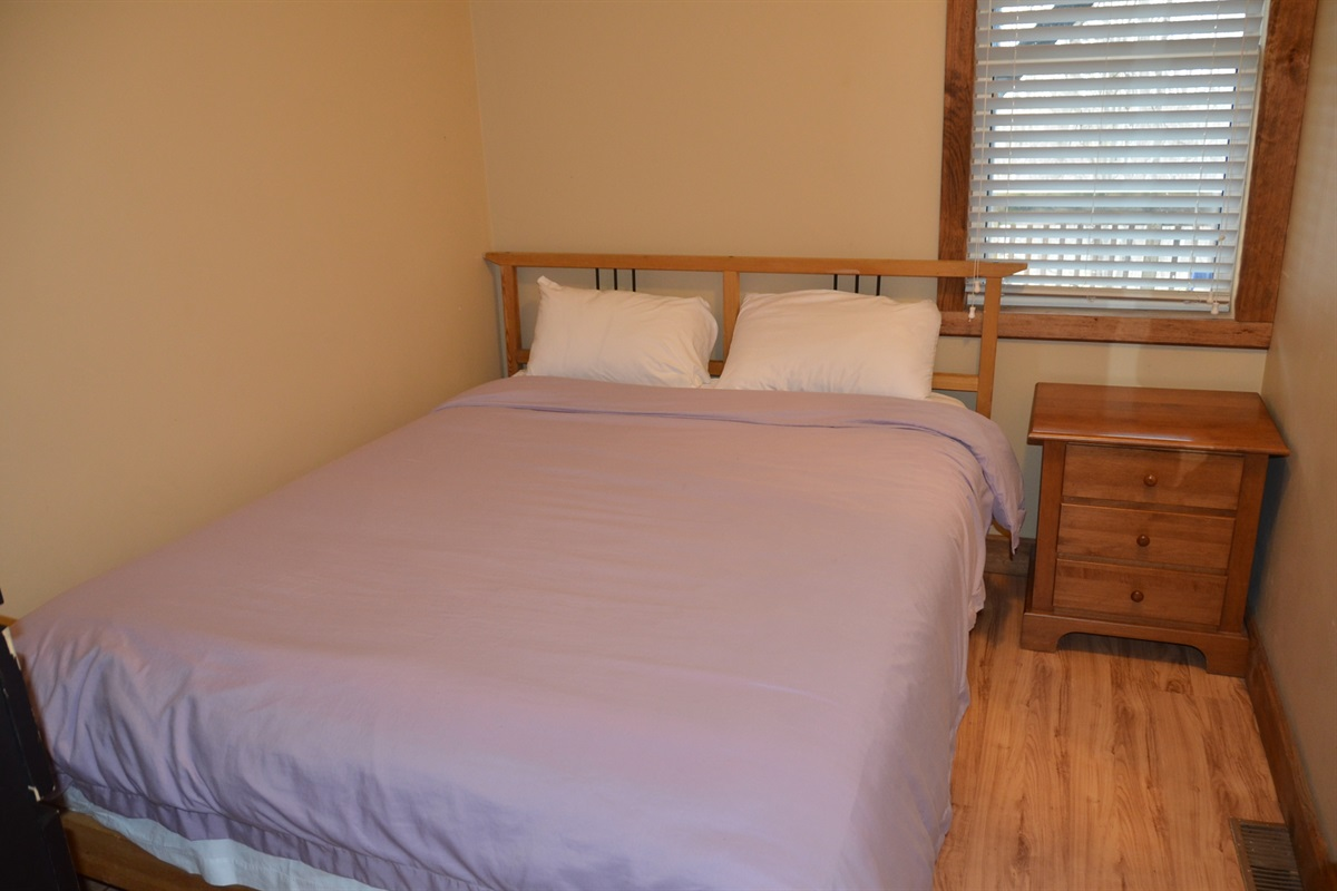 Bedroom #4 with Queen size bed