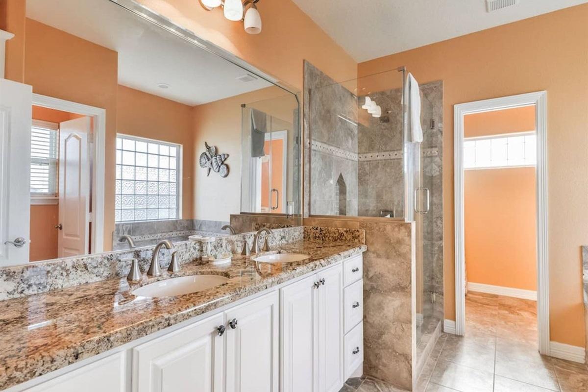Master en Suite Bath with Dual Vanity & Separate Shower