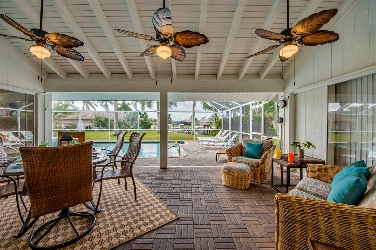 Spacious lanai with comfy seating