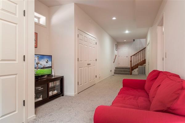 lower level hallway - kid zone