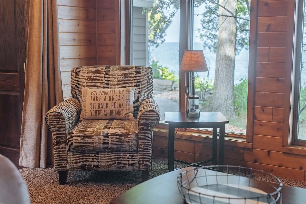 4 Seasons Room in Lodge Suite