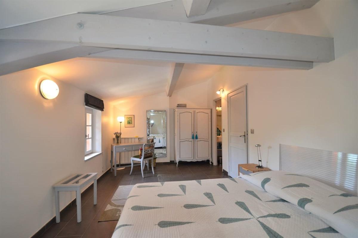 Chambre 4 avec lit double ou lits jumeaux